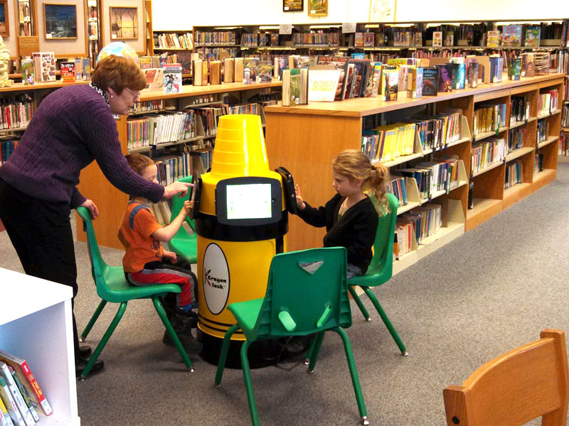 krayon kiosk ipad stand at a public library